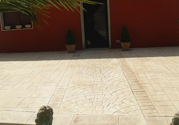 posa-pavimento-calcestruzzo-architettonico-lecce